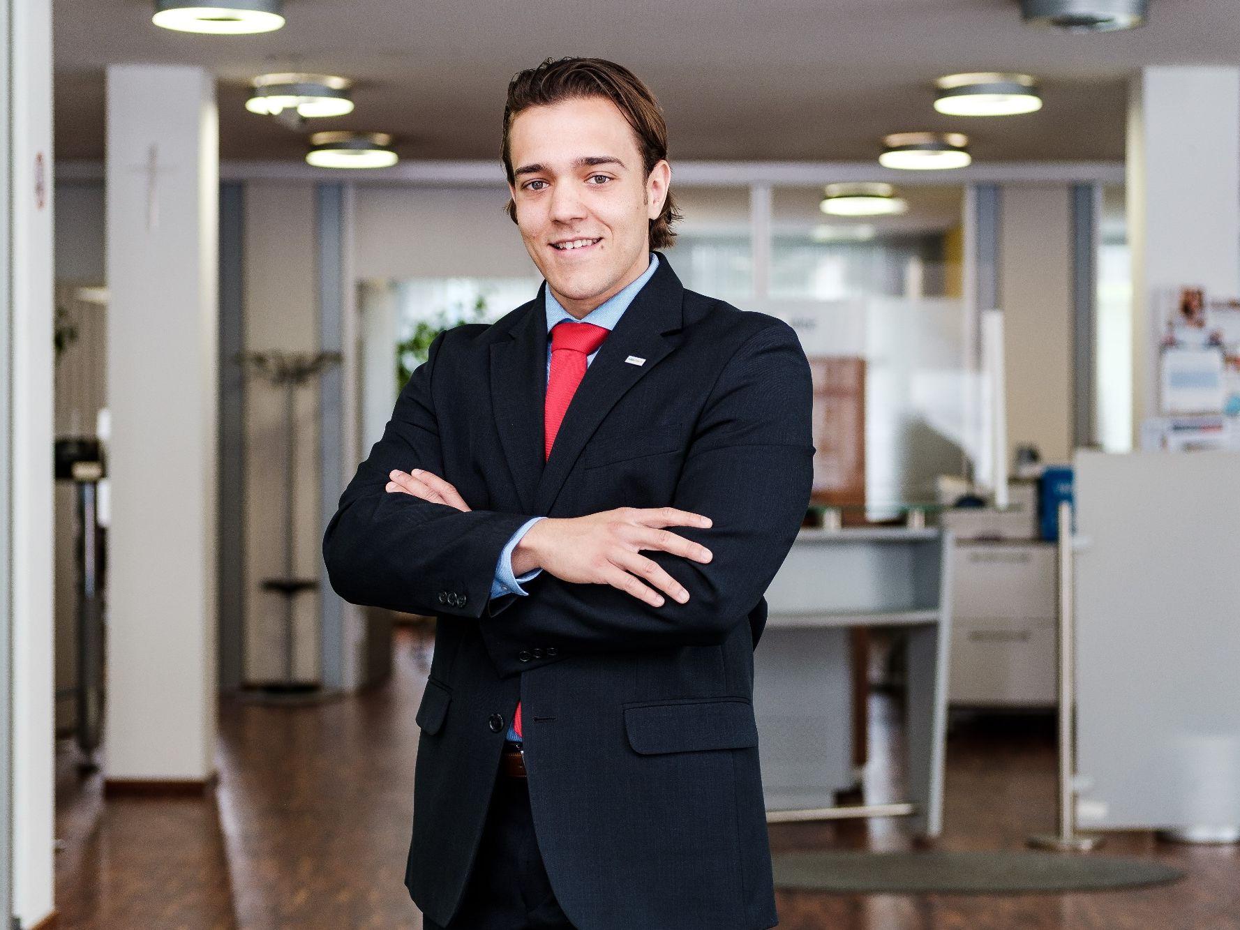 Beau Riepl, neuer Filialleiter der VKB-Bank St. Florian