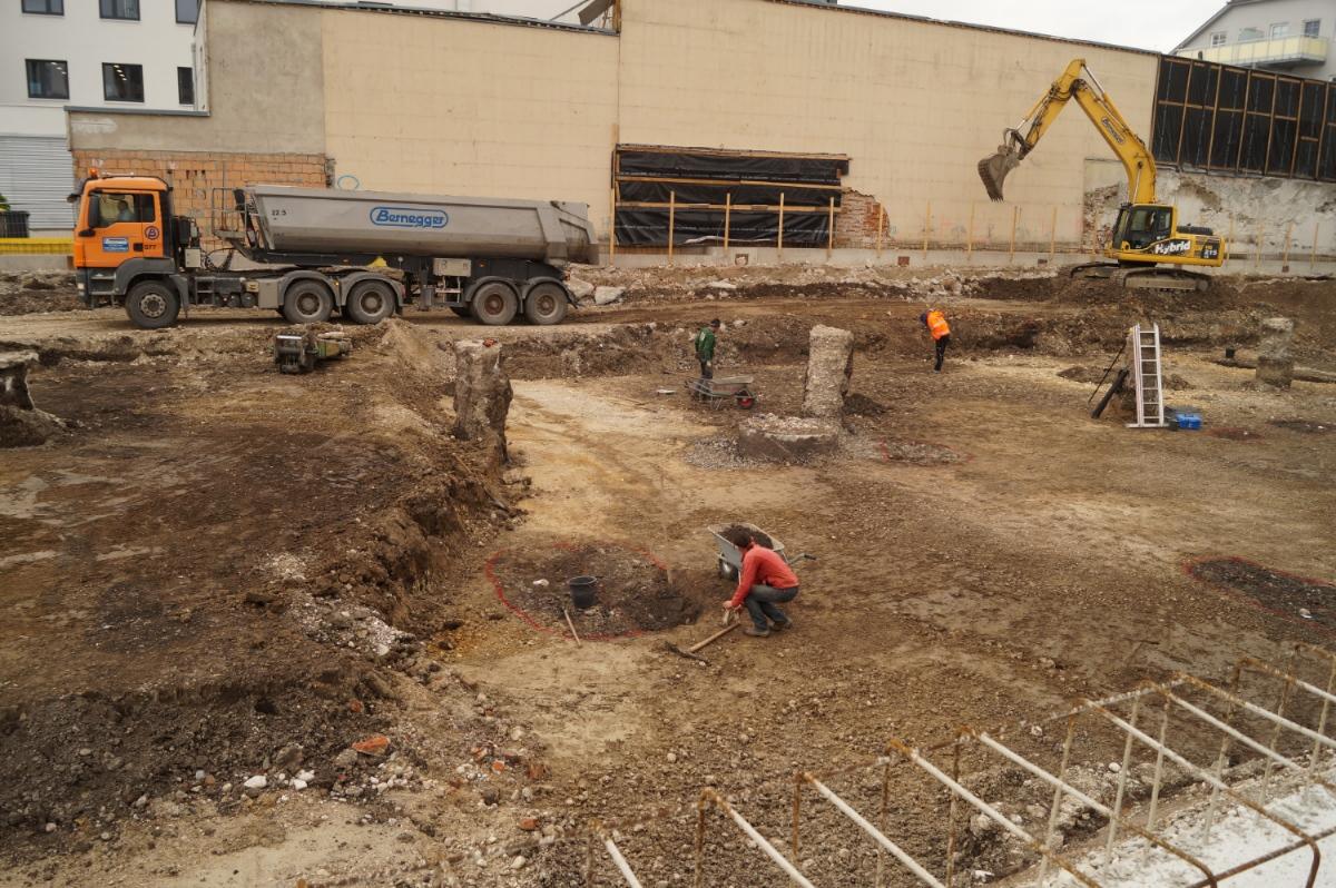 Arbeiten an den römischen Gruben