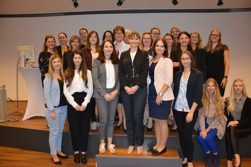 Nachbericht Frauen vor den Vorhang Frauennetzwerk VKB Bank